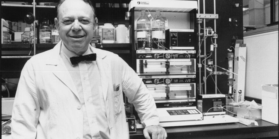 Bert Vallee as Scientist